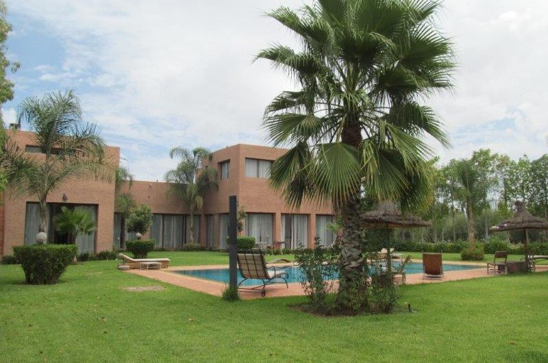 Nice 5 bedrooms villa for sale at road to Fes